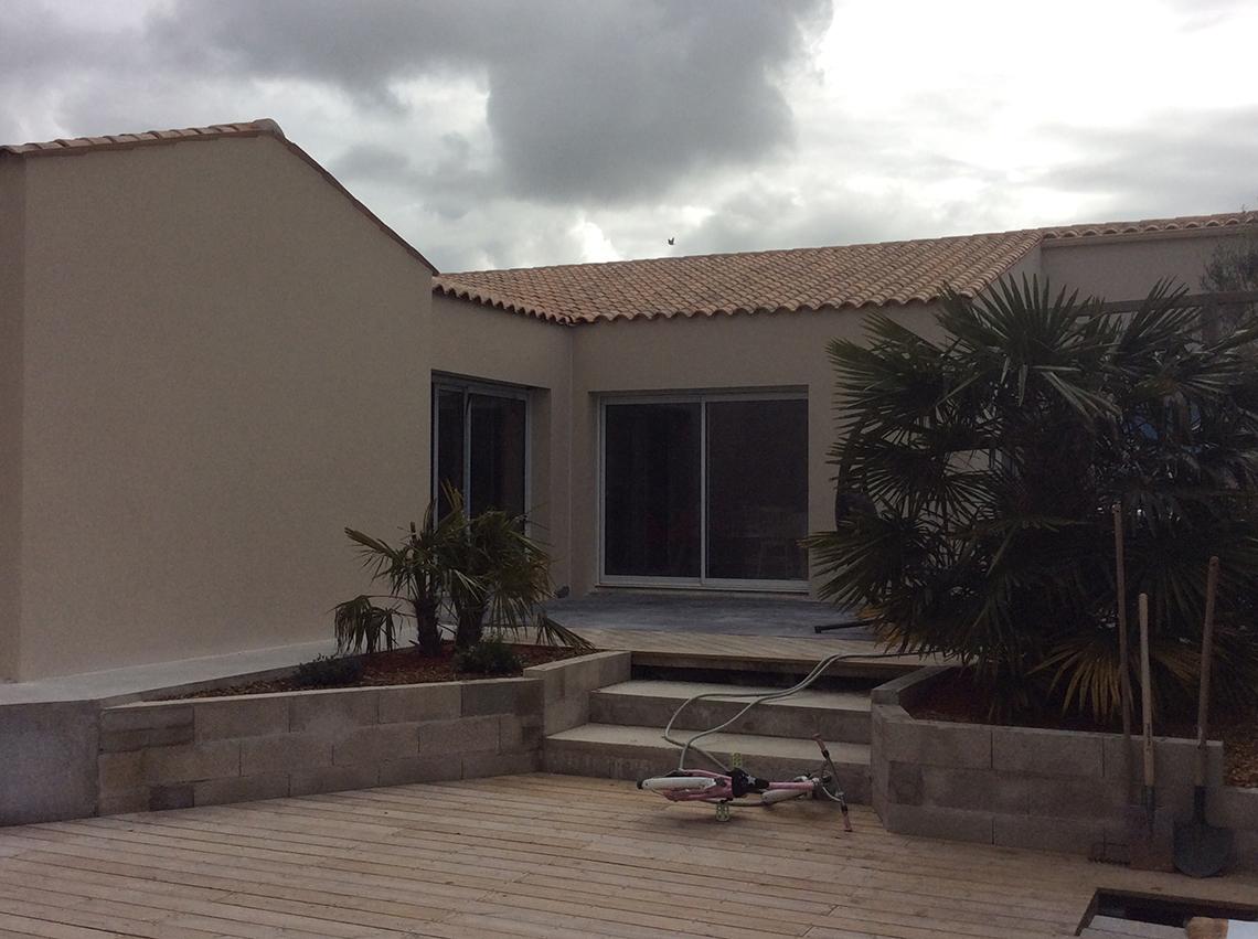 Extension d'une maison d'habitation à Clavette